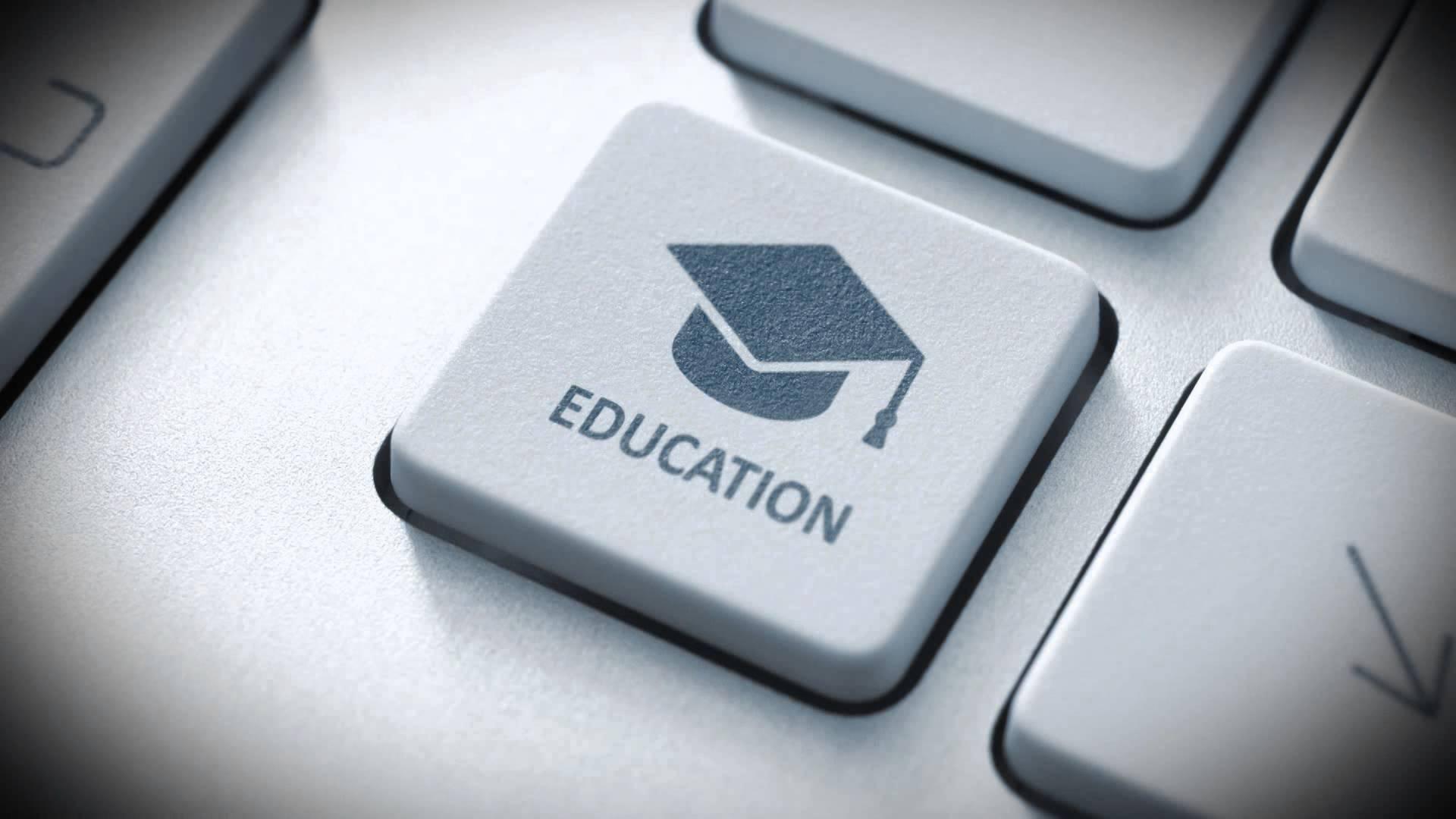 5cd25c_las-mejores-universidades-de-educacion-a-distancia